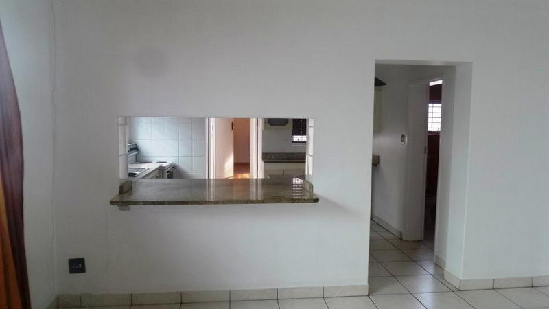 Property For Rent in Walmer Estate, Cape Town 11