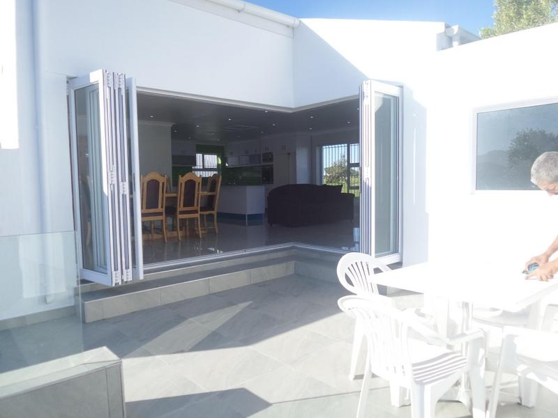 Property For Rent in Marina Da Gama, Cape Town 2