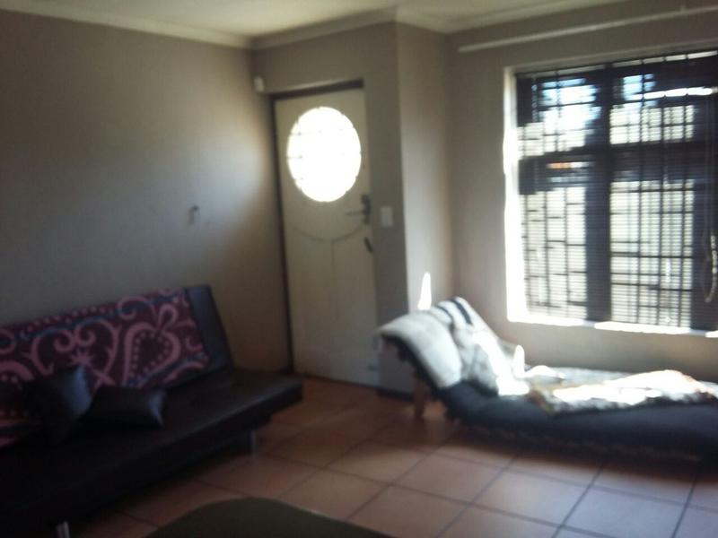 Property For Rent in Kenwyn, Cape Town 8