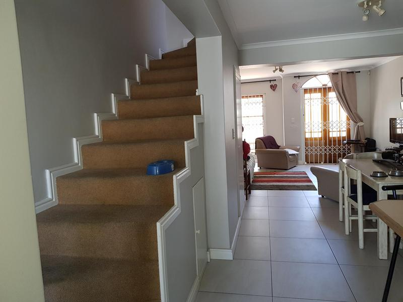 Property For Rent in Harfield Village, Cape Town 7
