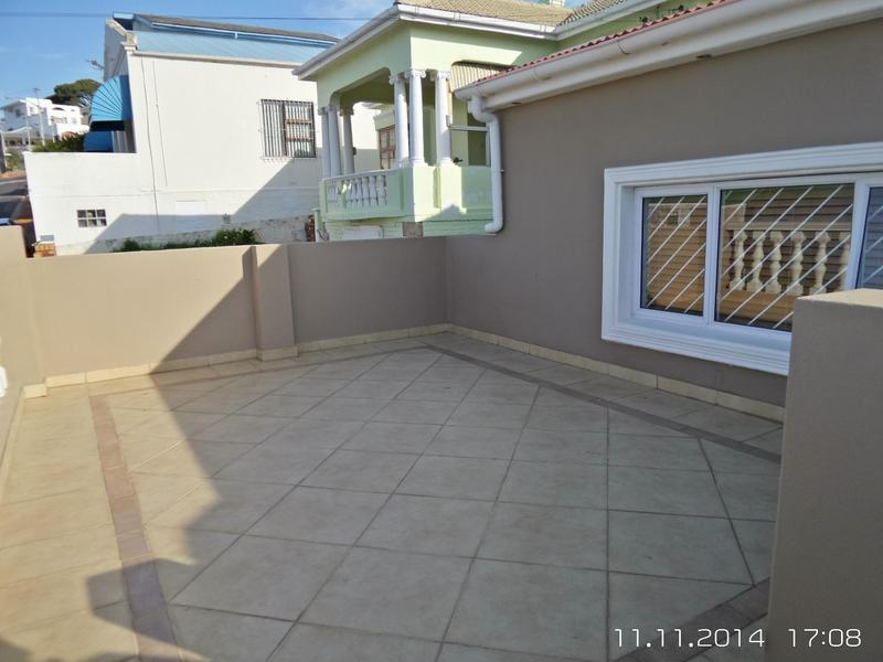 Property For Rent in Walmer Estate, Cape Town 3