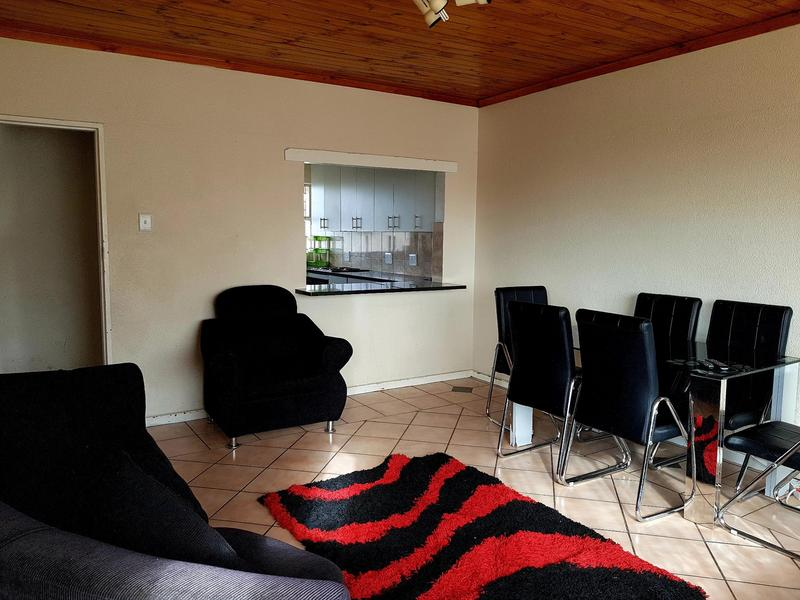 Property For Rent in Claremont, Cape Town 2
