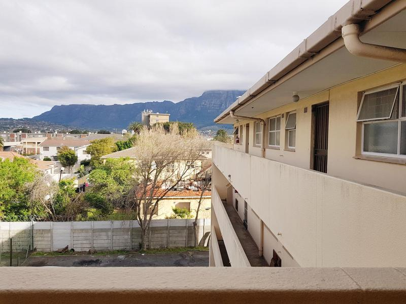 Property For Rent in Claremont, Cape Town 8