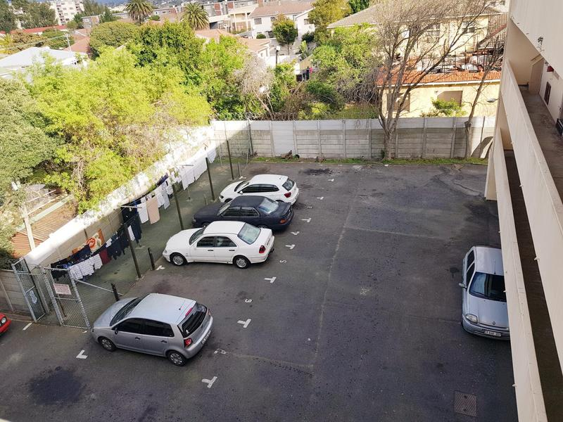 Property For Rent in Claremont, Cape Town 9