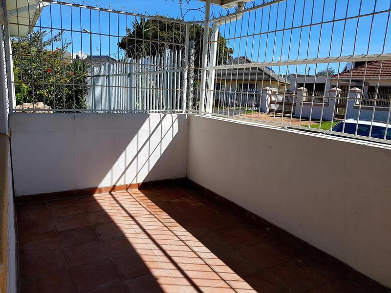 Property For Rent in Pinati, Cape Town 1