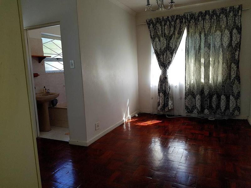 Property For Rent in Pinati, Cape Town 5