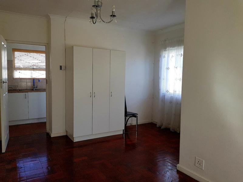 Property For Rent in Pinati, Cape Town 6