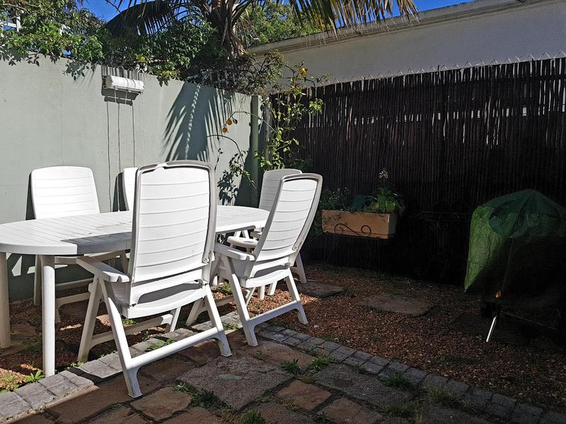 Property For Rent in Harfield Village, Cape Town 11