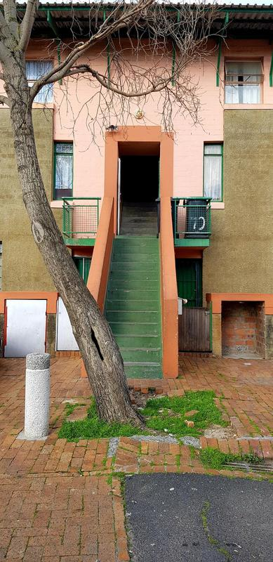 Property For Rent in Zonnebloem, Cape Town 2