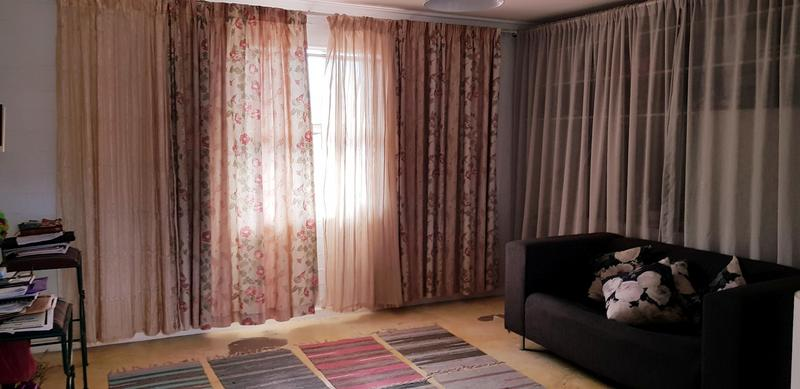 Property For Rent in Zonnebloem, Cape Town 9