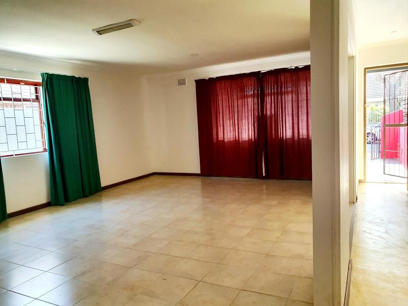 Property For Rent in Rylands, Cape Town 4