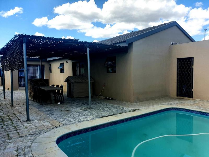 Property For Sale in Parklands, Cape Town 15