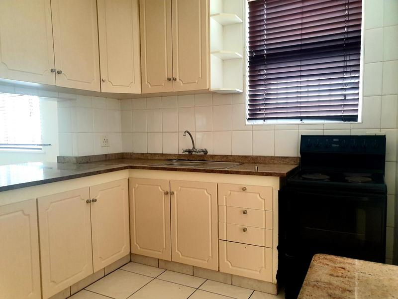Property For Rent in Walmer Estate, Cape Town 13