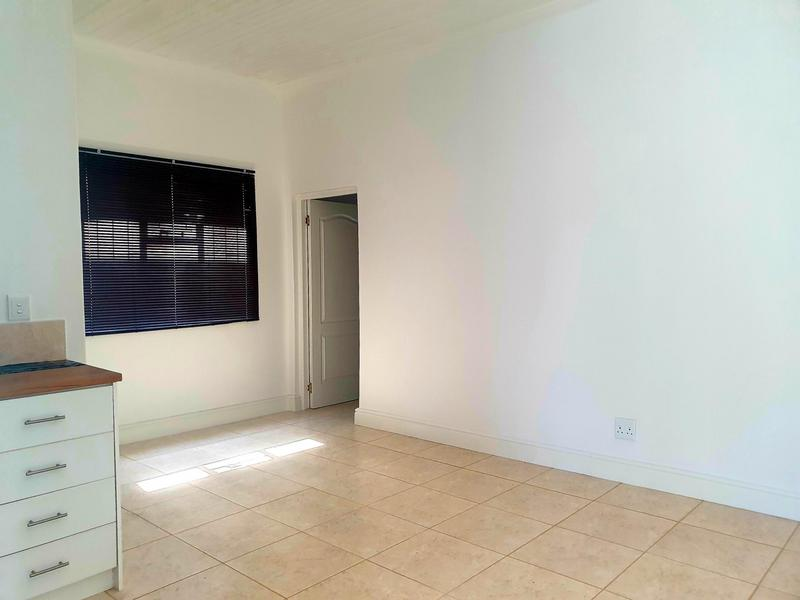 Property For Rent in Athlone, Cape Town 2