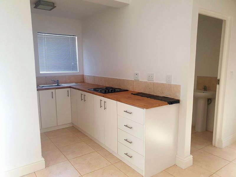 Property For Rent in Athlone, Cape Town 3